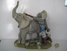 COUNTRY ARTISTS TUSKERS BUBBLE AND SQUEAK ELEPHANT WASHING LARGE GROUP ORNAMENT