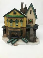 "Dept 56 Dickens Village Series ""The Grapes Inn"" 5th Edition 1996 Lighted House"