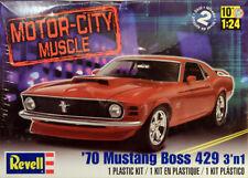 1970 Ford Mustang Boss 429 Motor City Muscle 3in1 1:24 Model Kit Revell 2149