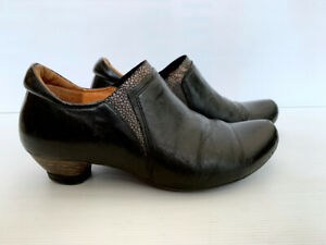 THINK! Women's Pull On Shoes Sz 37 - Black Leather, Iridescent Trim & Low Heel