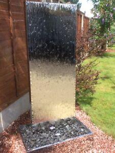 Aqua Moda Stainless Steel Staffora XL 2.02m Garden Water Feature Base & Light