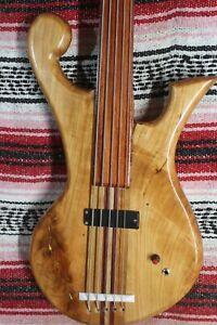 "Bass Fretles 5 String Cherry Claw Wishbass Regular 34"" Scale Soapbar"