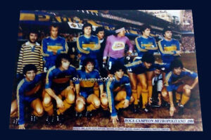 BOCA Jrs. Metropolitan Champion 1981 - MARADONA - Real Photo 20 x 30 cm