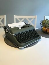 Olympia De Luxe SM3 Typewriter Schreibmaschine Máquina de Escrever Swedish Rare