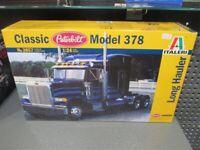 Italeri 1/24 Peterbilt 378 Long Hauler # 3857 Model Kit