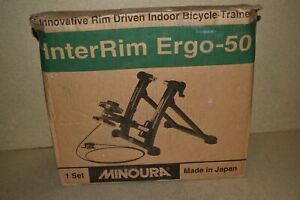 < Re > MINOURA INTERRIM ERGO-50 Interior Bicicleta Entrenador - Nuevo (MC13)