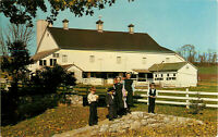 Postcard Heart Of Amishland, Amish Children And Hex Sign Barn, Intercourse, PA