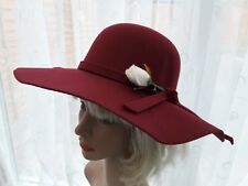 Vintage inspired 70s Ladies wide brim felt wine hat removable flower one size][]