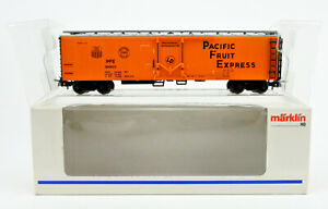 MARKLIN HO SCALE 47780 PACIFIC FRUIT EXPRESS REEFER #300023 -C