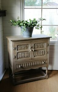 "CHARACTERFUL OAK ""RUSTIC PAINTED"" PETITE CUPBOARD/CABINET/FARMHOUSE/COTTAGE"