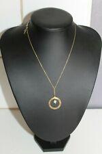 Collier pendentif  ajourés,perle de culture  or jaune 9 carats 375/1000,