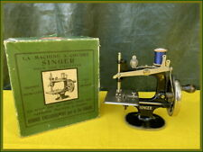 RARE ANTIQUE SINGER MODEL 20 ~ FRENCH EXPORT ~ TOY HAND CRANK SEWING MACHINE