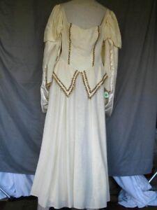 Medieval Renaissance Princess Queen Noblewoman Ivory & Gold Dress Gown Medium