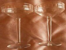 2 à 10 Coupes à champagne Art déco en cristal taillé