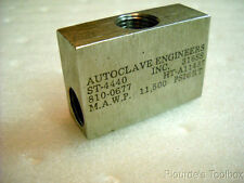 Used Autoclave Engineers ST-4440 316 Stainless Steel Low Pressure Tee Fitting