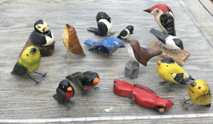 Lot of 14 Vintage Hand Carved HandPainted Wood Birds Variety Of Species Colors