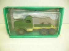 WINROSS AUTOCAR WRECKER  W/CAST AXLES W/GREEN BOX -  MAKE OFFERS!!!!!