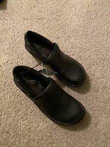 Women's BOC Shoes , Size 7 NWT