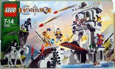 LEGO CASTLE 7079 Drawbridge Defense
