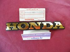 SIGLE DE RESERVOIR DROIT NEUF ORIGINE HONDA VF 750 S /1985/ REF. 87121-MB0-910ZA