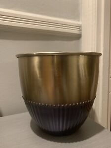 Stunning Indoor Contemporary Gold And Black Planter Made In India