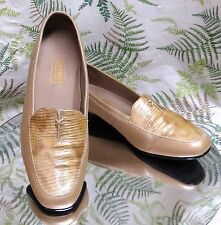MUNRO BEIGE LEATHER LOAFERS SLIP ONS SLIDES WORK DRESS SHOES US WOMENS SZ 9 W