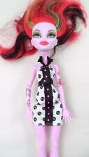 Loose Monster High Skulltimate Roller Maze Operetta w/ Record Dress Tattoo Skate