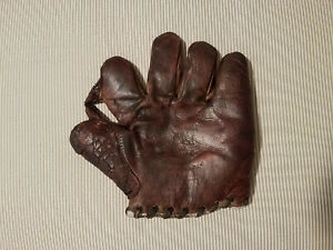 """Essex 1910 to 1920 1"""" Sewn Web Horsehide Baseball Glove Adult Size"""