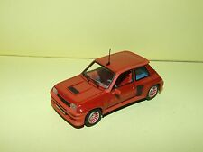 RENAULT 5 TURBO Rouge UNIVERSAL HOBBIES Sans Boite 1:43