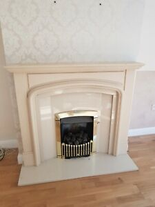 Gas fire with granite surround and hearth. Gas fireplace. Great condition
