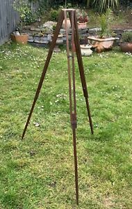 ANTIQUE WOODEN EXTENDING TRIPOD