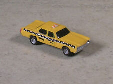N Scale 1968 Ford Checker Cab