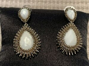 Authentic Kendra Scott Carved natural mother of pearl /Rhodium plated Earrings