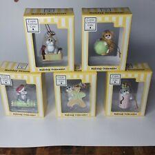 Lot of 5 Comic & Curious cat Christmas tree ornament Linda Jane Smith