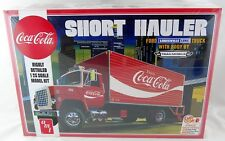 1:25 Scale Coca-Cola 1970 Ford Louisville Short Hauler Model Kit - AMT #1048/06
