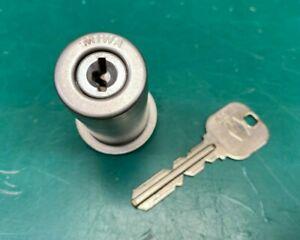 MIWA PR Lock Cylinder With Key - Locksmith Locksport