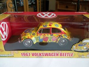 Greenlight 13509 - 1967 Volkswagen Beetle Hippie Peace & Love - 1/18 Scale - NEW