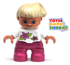 *NEW* LEGO DUPLO Small Child Girl Figure Minifigure Bun Flowers Shirt Blond Hair