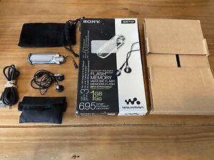 Sony Walkman Boxed 1gb Mp3 Player NW-E507