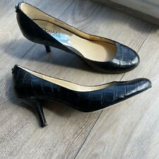 Women's Michael Kors Round Toe Leather Black Heels Size 7.5