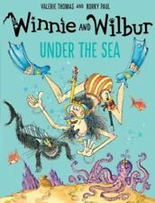 Winnie the Witch Story Book - WINNIE AND WILBUR UNDER THE SEA -  NEW