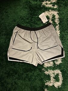 Nike Tech Pack Reflective Running Shorts CJ5745-096 Men's Size Medium Gray/Black