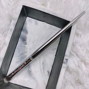 IT COSMETICS ulta small eye shadow smudge Brush #220 New
