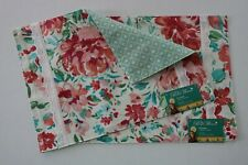 The Pioneer Woman Gorgeous Garden Reversible Placemats Set of 2