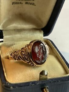 Antique Victorian Art Deco Mens 12K Rose Gold Carved Agate/Carnelian Knight RING