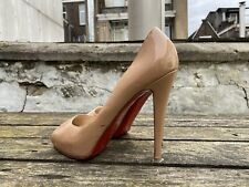 Authentic CHRISTIAN LOUBOUTIN Very Prive heels in Nude, size 40