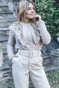 Zara Embroidered Knit Sweater with Peter Pan Collar. Size L
