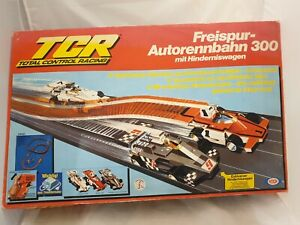Arxon TCR Total Control Racing Freispur Auto-Rennbahn 300 mit Hindernis-Wagen