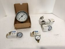 Pressure Gauges - 7 Gauges of different sizes and types