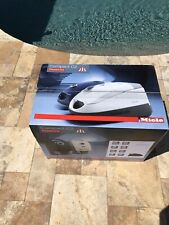 Miele Compact C2 Electro + PowerLine  Vacuum Cleaner Brand New SDCE0 Marine Blue